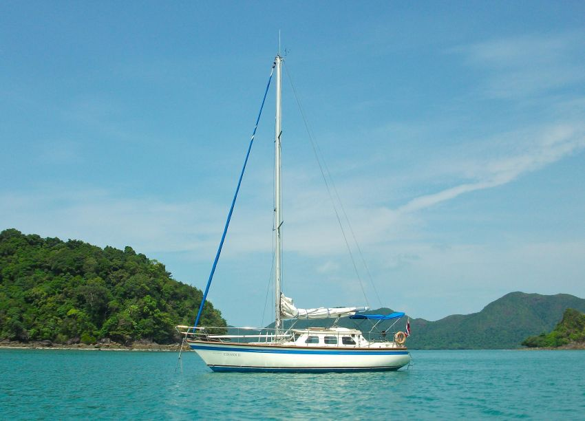 1980 Classic Seastream 34 Blue water cruising yacht