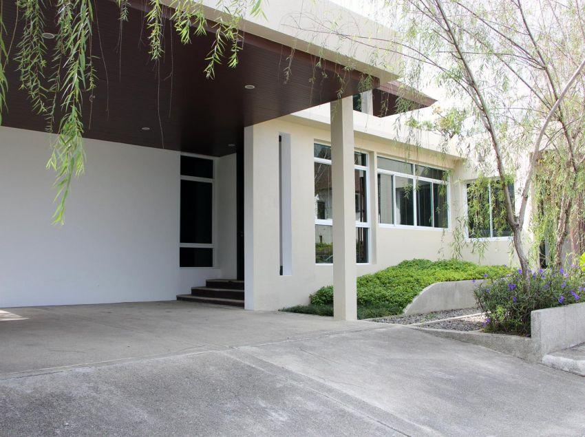 Khao Yai family house, fresh young style