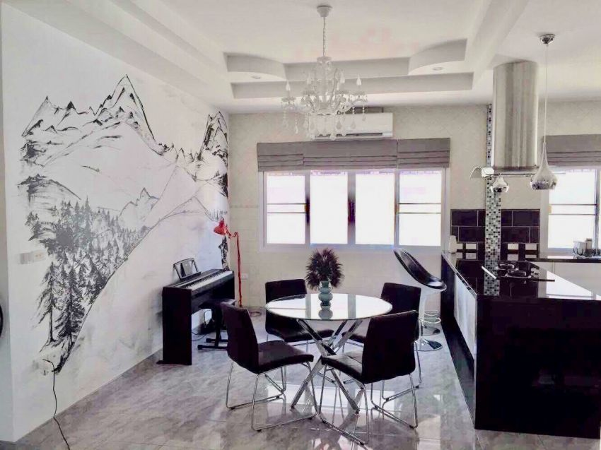 Luxury Villa in Bang Sare for sale near Pattaya