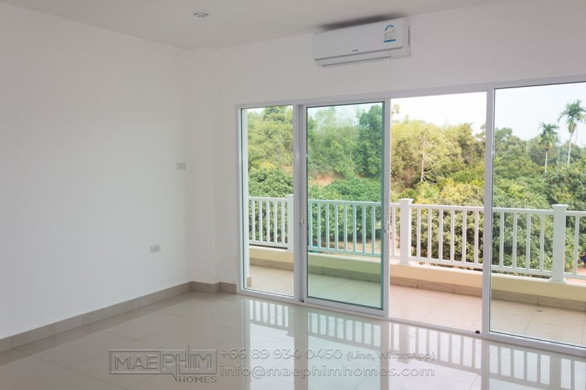 Discount! Brand new 2 bedroom condo for sale in Mae Phim