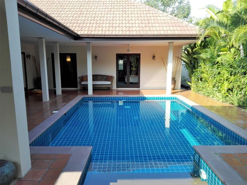 Newly Renovated 3 BR 2 Bath Pool Villa