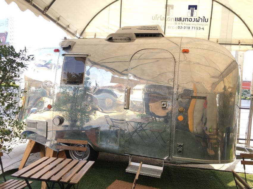 Vintage Airstream Caravel 17ft 1965 mint condition