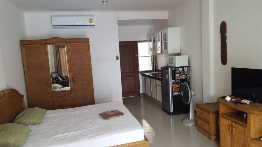 3th floor Condo to rent Baan Suan Lalana