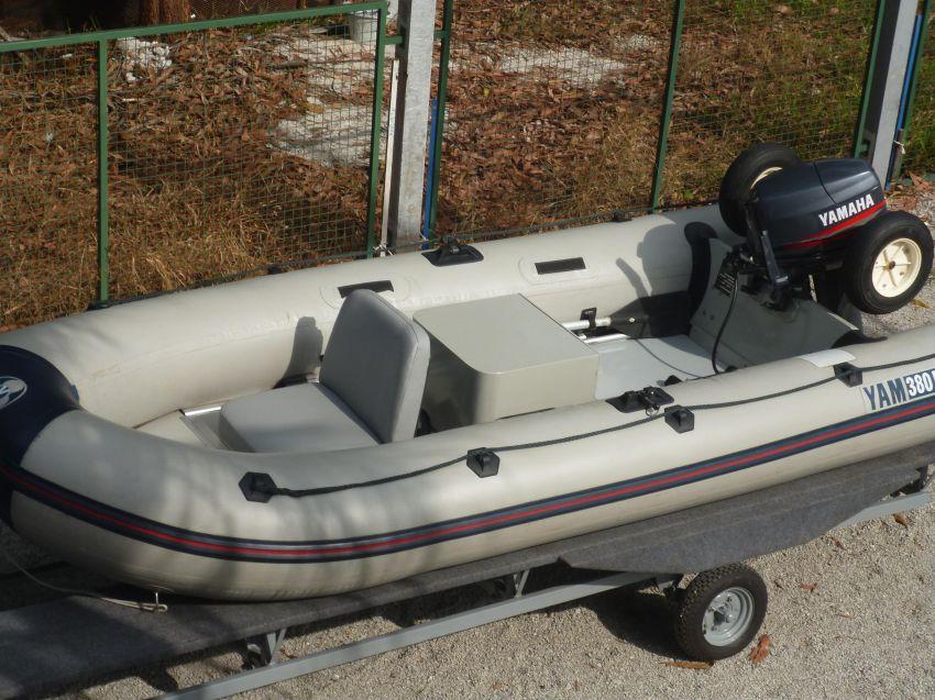 vend bateau yam 3.80 moteur 25 ch yamaha
