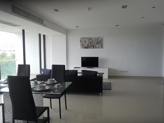 Luxury 118m2 Condo for rent huge discount