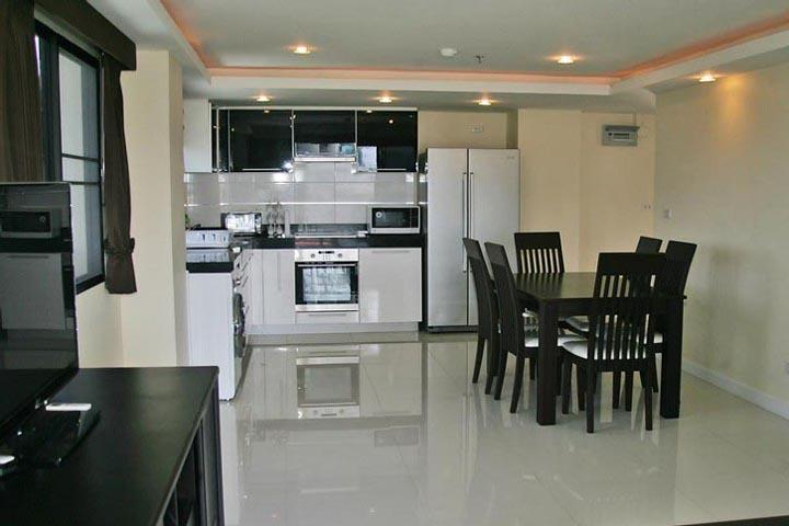 Contemporary Wongamat One Bedroom Condo