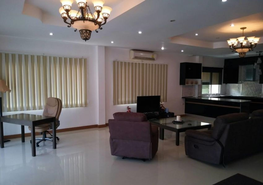 Viewpoint Luxurious Villa For Rent/ SALE