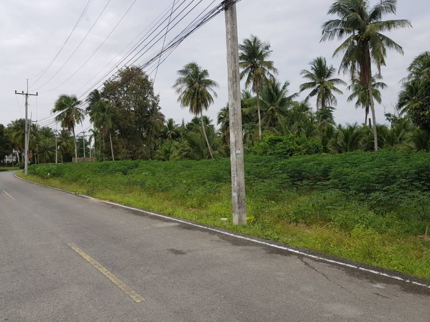 Choice of 3, 200 Twah Building Plots