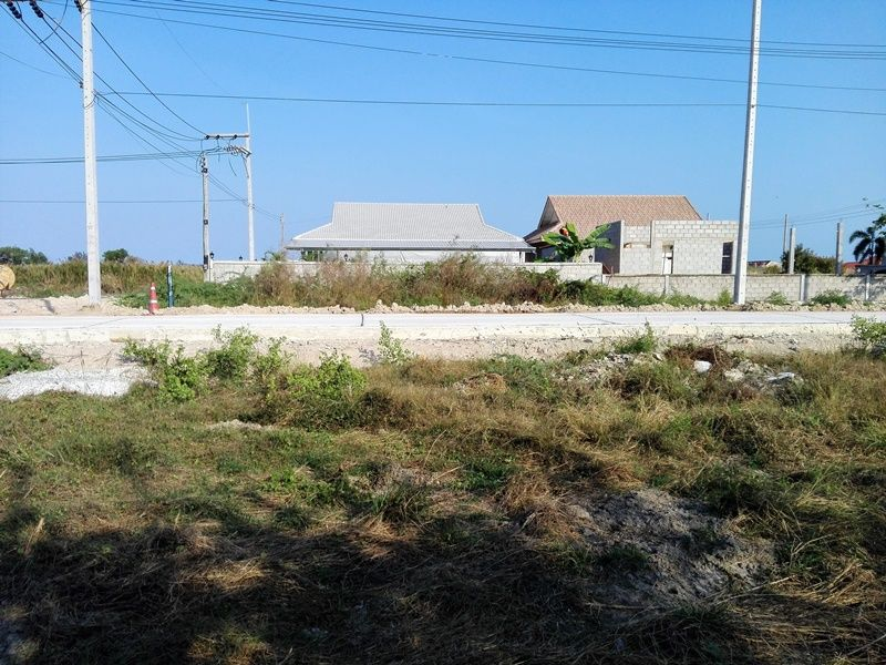 Home Building Plots Town Center Two Deed