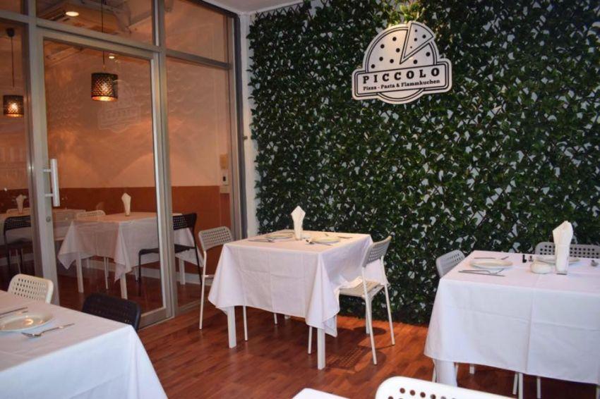 Nice Little Restaurant rent only 5000 Baht/m