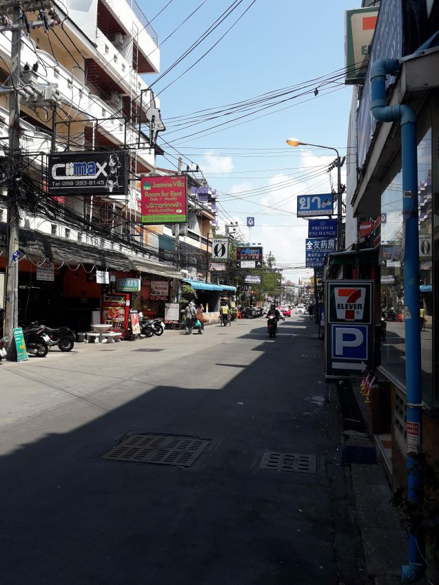 new Bars LK Metro & Soi buakhao Pattaya