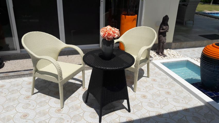 charming rattan Bistro table set, 2 chairs with matching  table