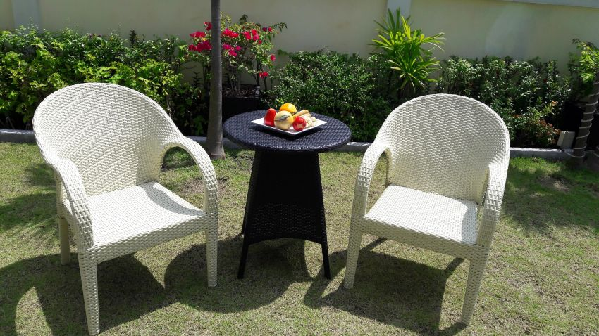 Charming Rattan Bistro Table Set 2 Chairs With Matching