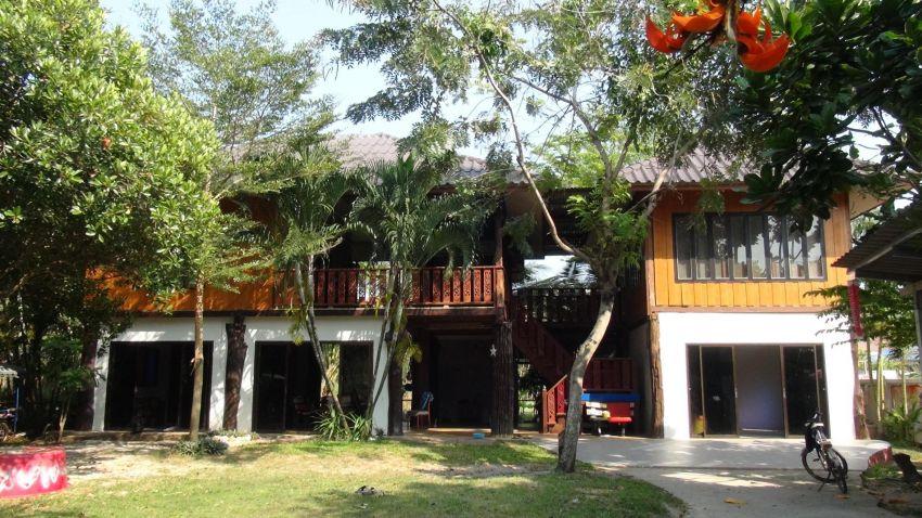 Beautiful wooden house Ban Phe