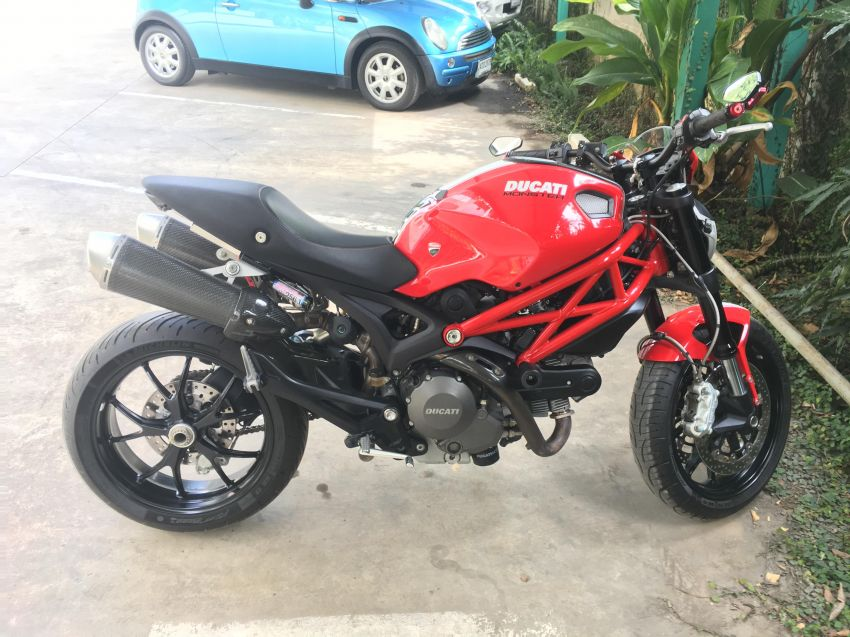 2015 DUCATI MONSTER 796 ABS - Mint, low km's!