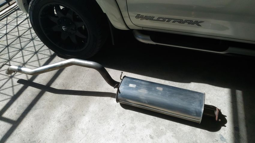 Ford Ranger 3.2 rear exhaust muffler
