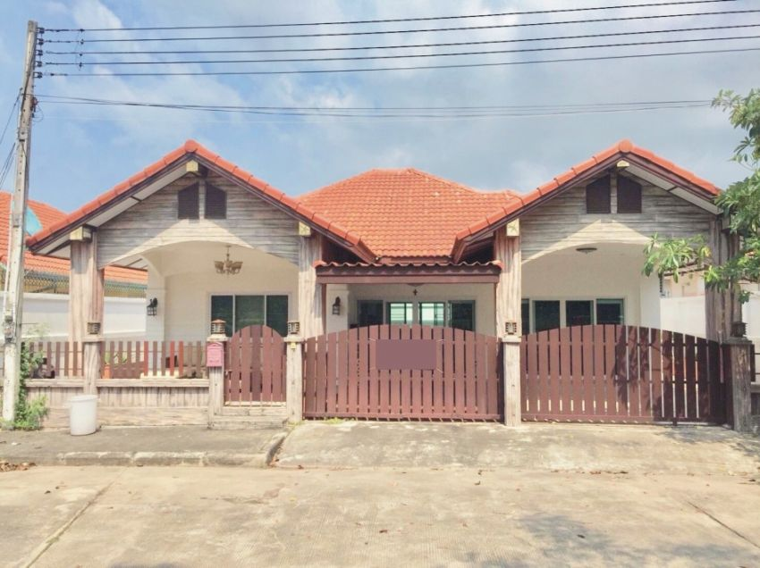 Newly Renovated 2 Bedroom Villa for Sale