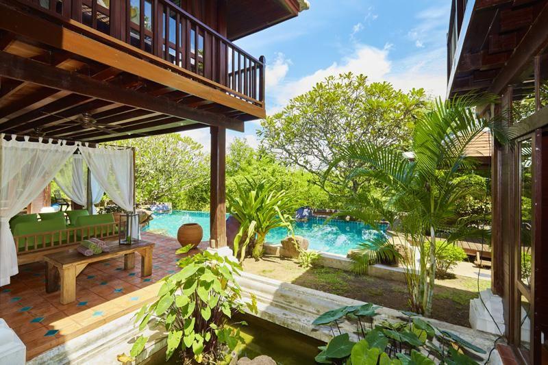 Authentic Bali style 3 plus bedroom estate at top Jomtien/Pa