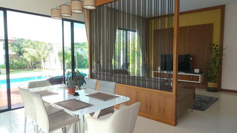 Modern, luxury 3 bedroom pool-villa in Huai Yai estate