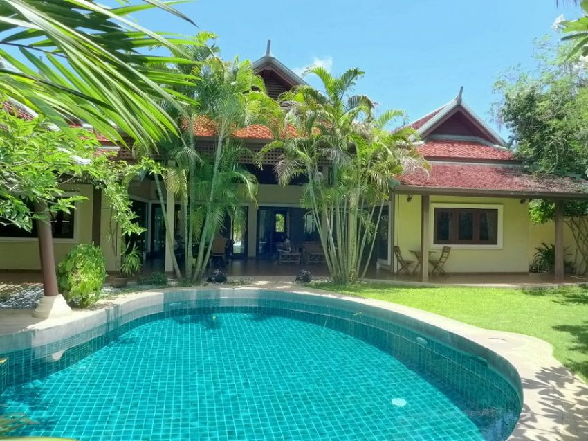 Phoenix Golf: Tropical 3 bedroom pool-villa next to the cour