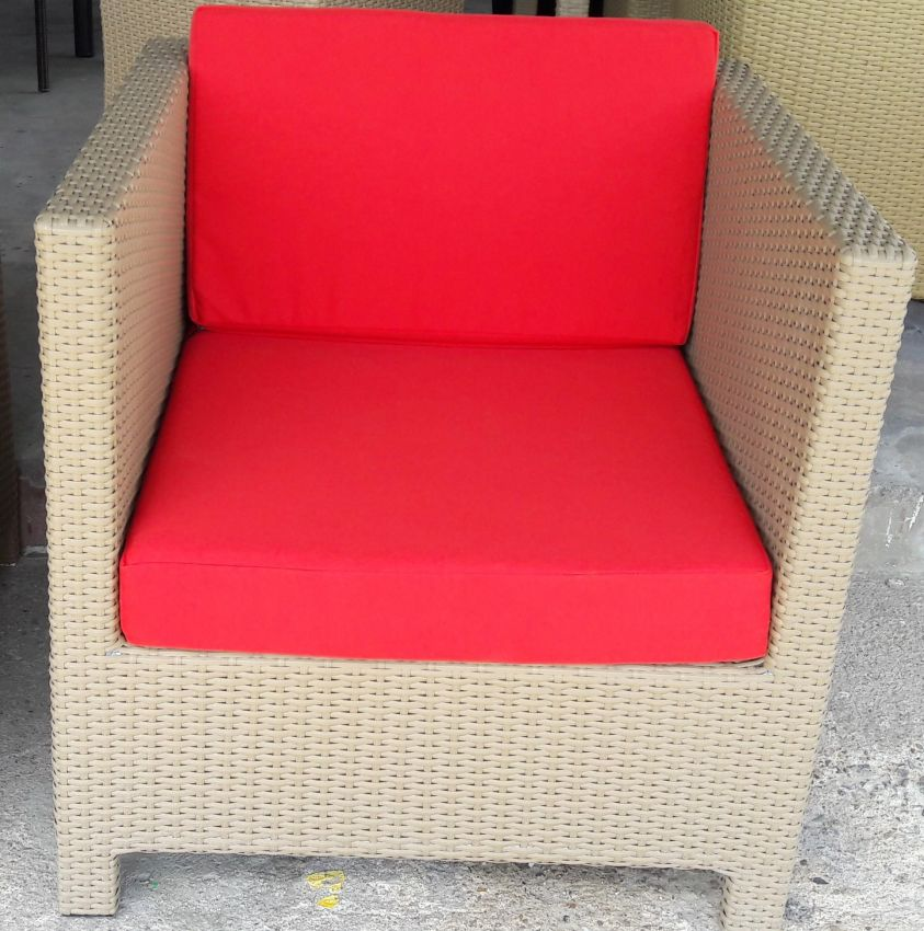 stylish and comfortable lounge chair ,many colours available
