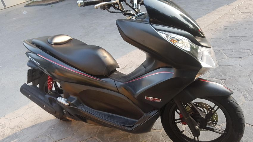 Black PCX 150 Rent only 2999 baht/month