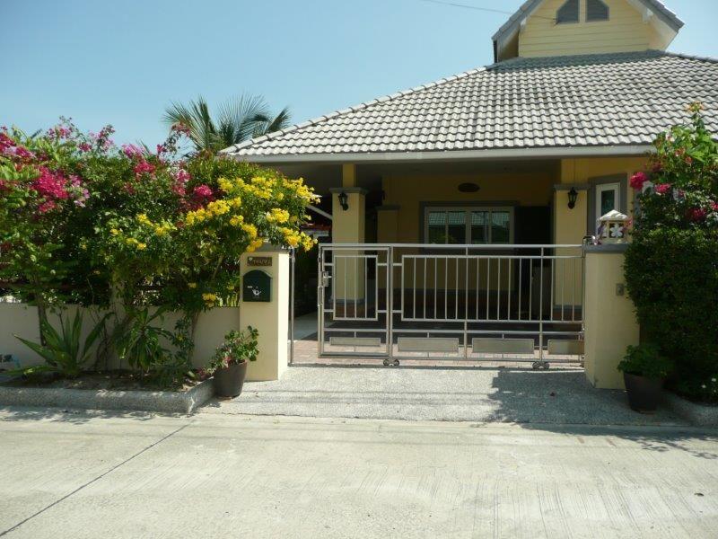 Freehold Resort Villa 3Bedrooms+2Bathrooms, Plot 444 sqm
