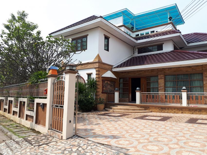 House Banglamung For Sale