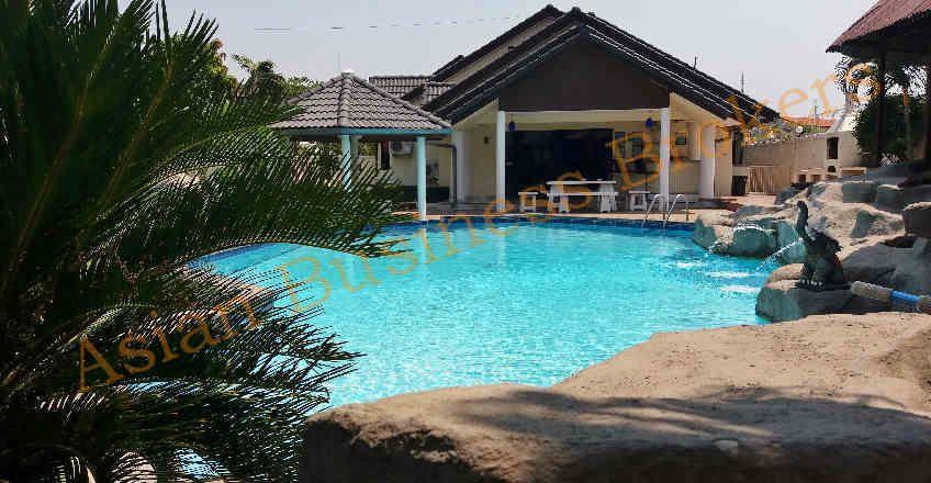 1202021 4 Pattaya Rental Pool Villas Freehold Sale