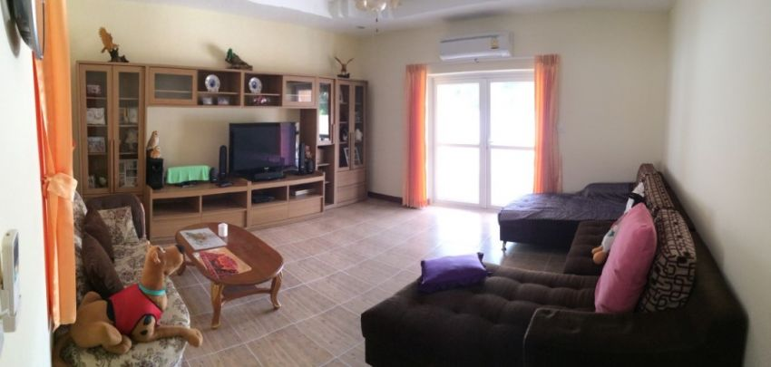 Huge 5 Bed 4 Bath 420M2 New Modern Detached House Huay Yai.