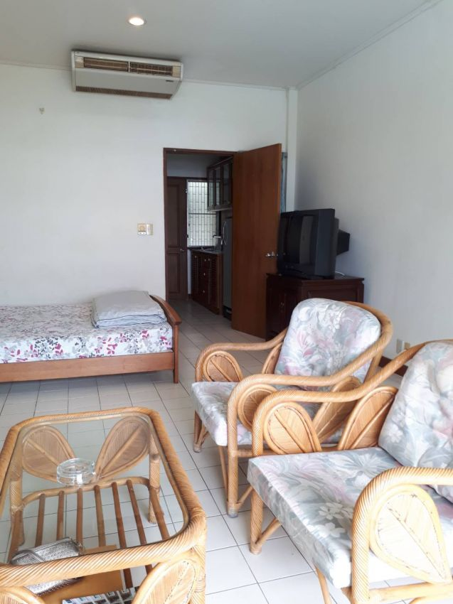 Condo  183DBB to rent Baan Suan Lalana