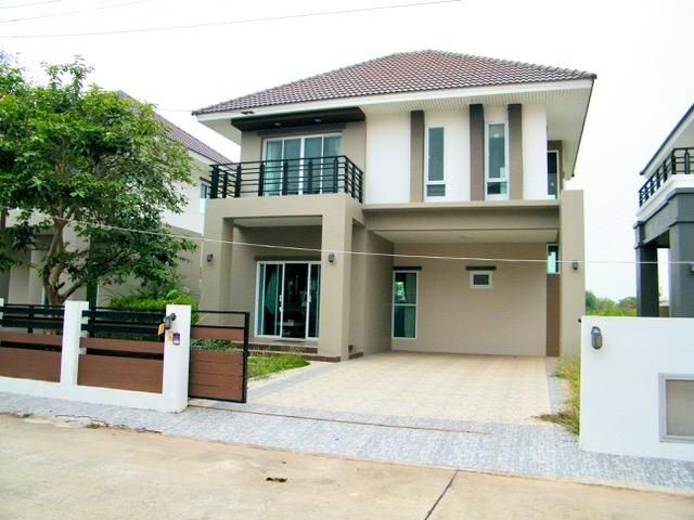 New furnished villa downtown