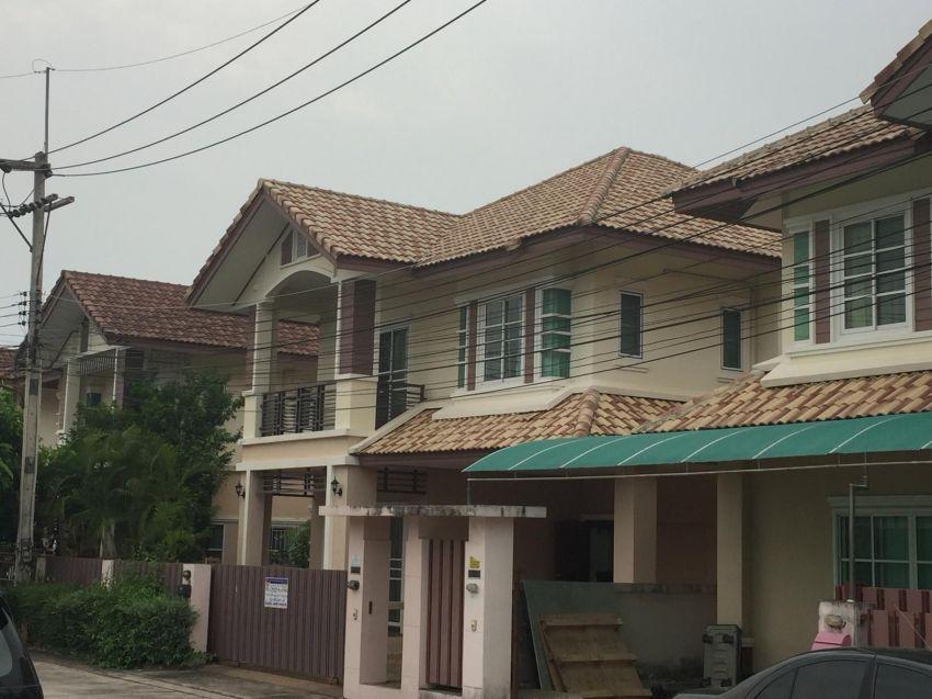 Sirisa 12 village house no. 392/66 moo 6