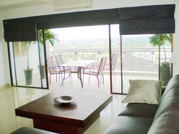 Crystal Bay Golf Course 2-Bedroom with Sea View Condo in Sri