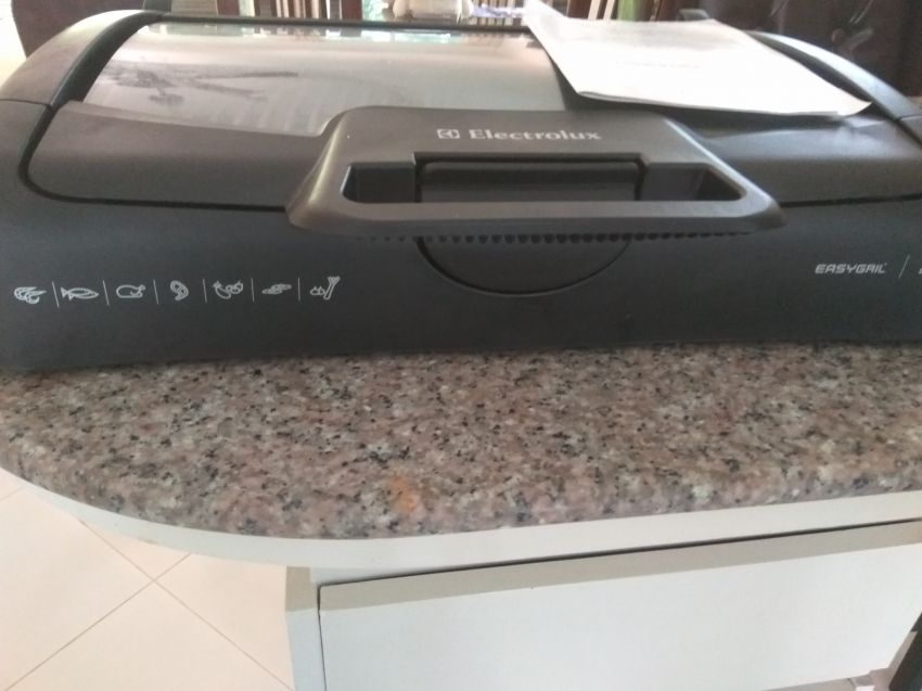 Electrolux EBG200 Table Top Grill