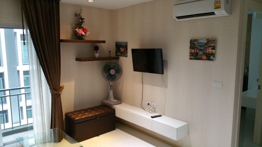 Jomtien Beach Condo Soi 8 The Gallery to rent
