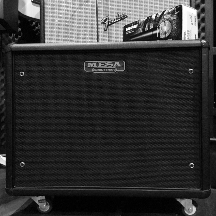 BRAND NEW MESA BOOGIE CABINET HUGE DISCOUNT WITH BOX