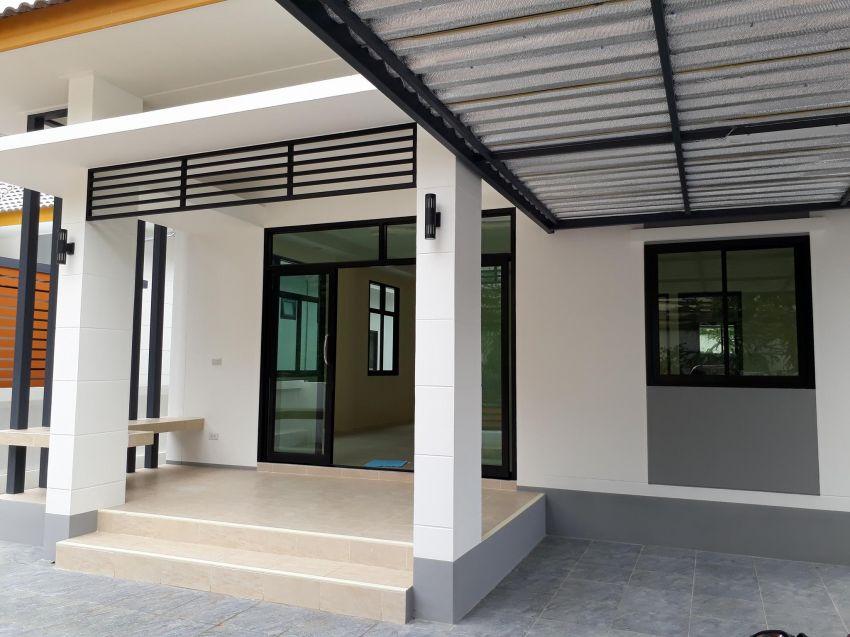 NEW BUILD, 2 modern single story houses, in Buriram City. ChumTong area