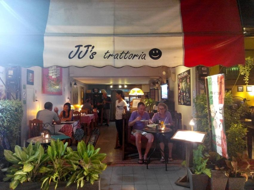 Italian restaurant and home near the centre of Chiang Mai's Night Bazaar