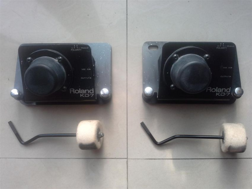 2 Roland KD-7 Electronic Drum Triggers