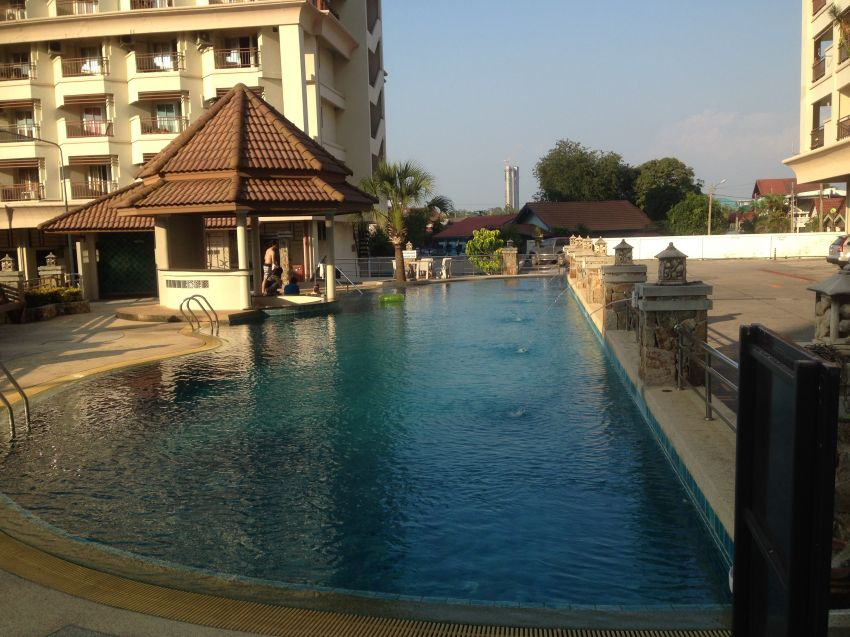 Rent 2 Bedroom Condo Downtown Pattaya