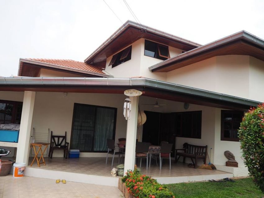 !!! Four bed house for sale less than 450 m from a very quiet beach, Ban Ampur !!!