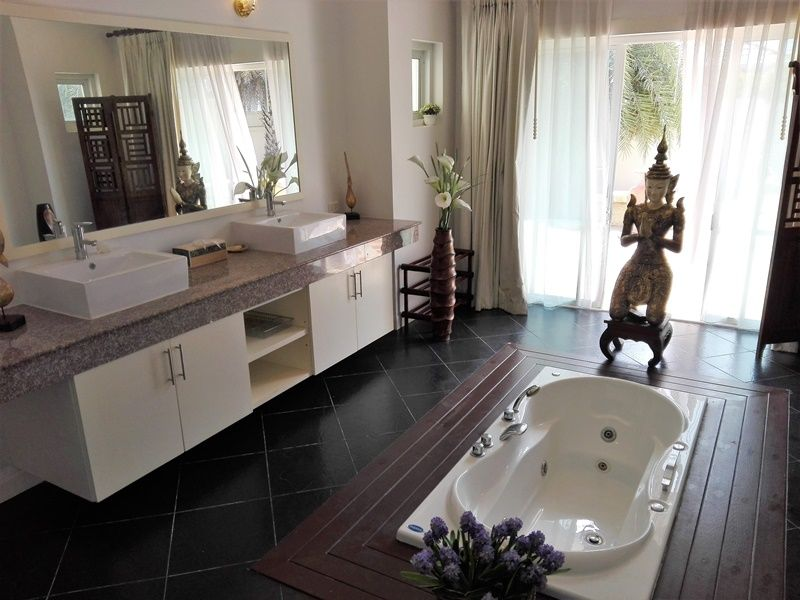 Fully Furnished 4 BR 4 Bath Pool Villa Plus Maid's Room on Large Plot
