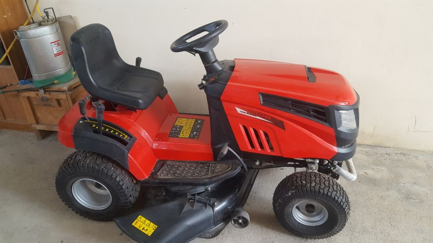 Ride On Lawn Mover