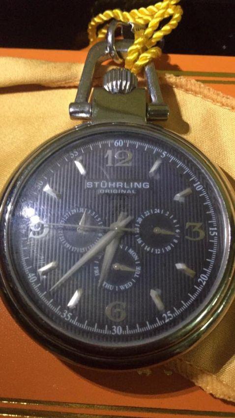 Pocked watch Stuhrling silver color