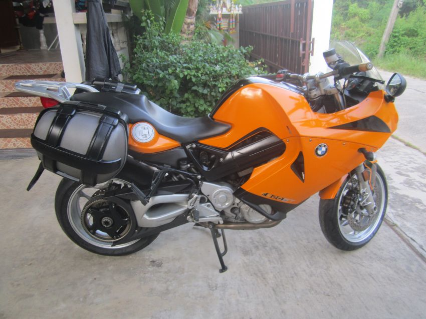 BMW F 800 ST Original import with green book Year of construction 2008