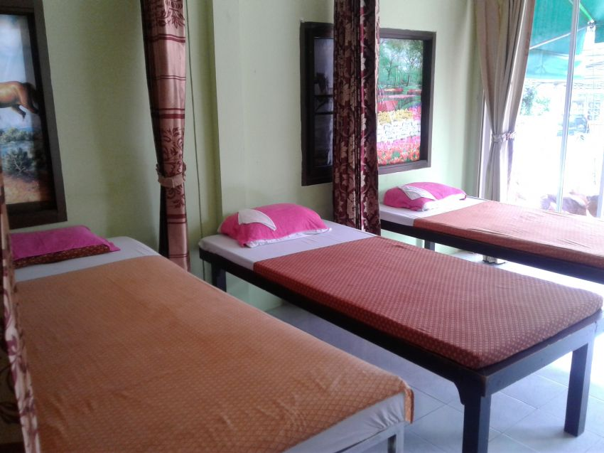 MASSAGE SHOP for Sale or Rent, Busy Nai Harn Phuket