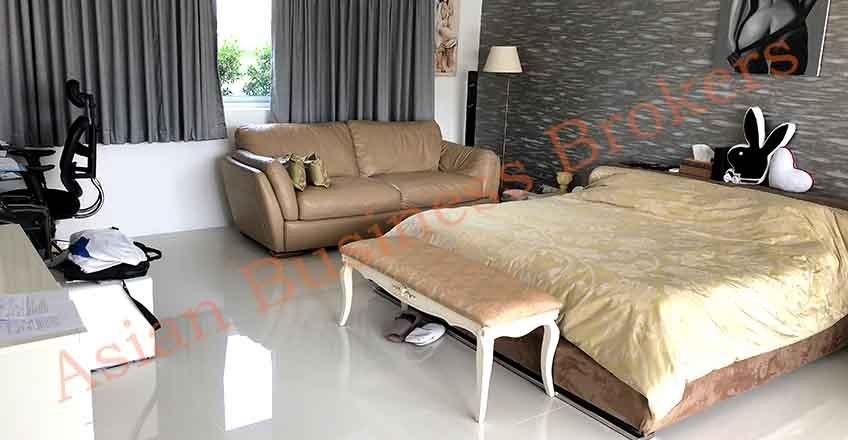 5007011 Breathtaking Quality Investment Villa in Quiet Hua Hin Garden