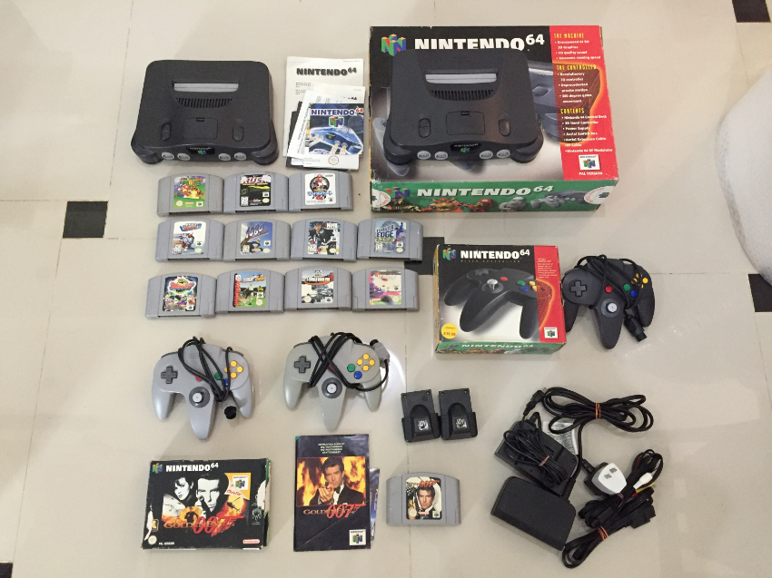 (2x)  Nintendo 64. 12 games. 3 controllers