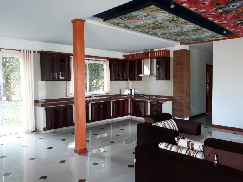 Unique villa in the hills pool and fantastic view. 3 Km from ChiangRai